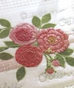 Вышивка роз. Уроки из книги Kazuko Aoki
