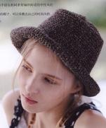 Вязание модной молодежной шляпы крючком из журнала Lets Knit Series Crochet in Europe 2013 / Spring-