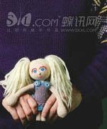 Вязаные куклы от дизайнерского дуэта Arne & Carlos (со схемами)