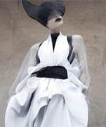 Японский минимализм в одежде от китайского дизайнера Max Tan