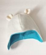 Милая мягонькая шапочка для малыша из флиса