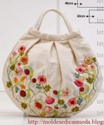 ВЕЛИКОЛЕПНАЯ сумочка с вышивкой