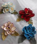 Объемные цветы из турецкого кружева