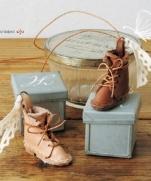 Мини ботинок - брелок из кожи