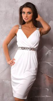 Это хлопчатобумажное летнее платье смотрится очень эффектно, сшить это платье очень легко, с пошивом платья справится даже начинающая портниха